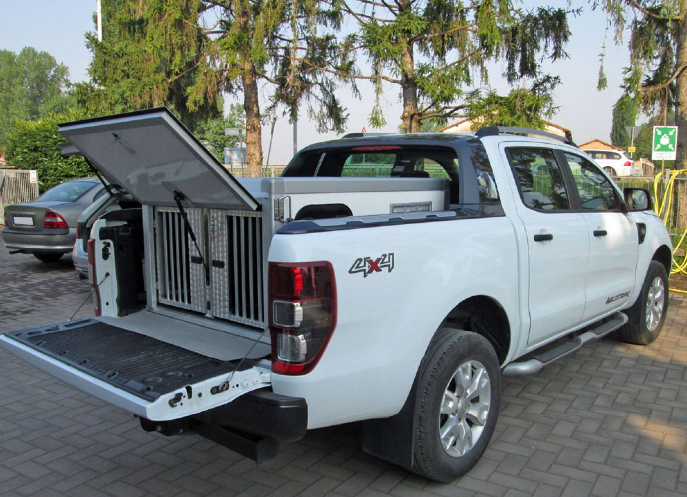 minibox ford ranger wildtrak 07 17 valli s r l box per pick up. Black Bedroom Furniture Sets. Home Design Ideas