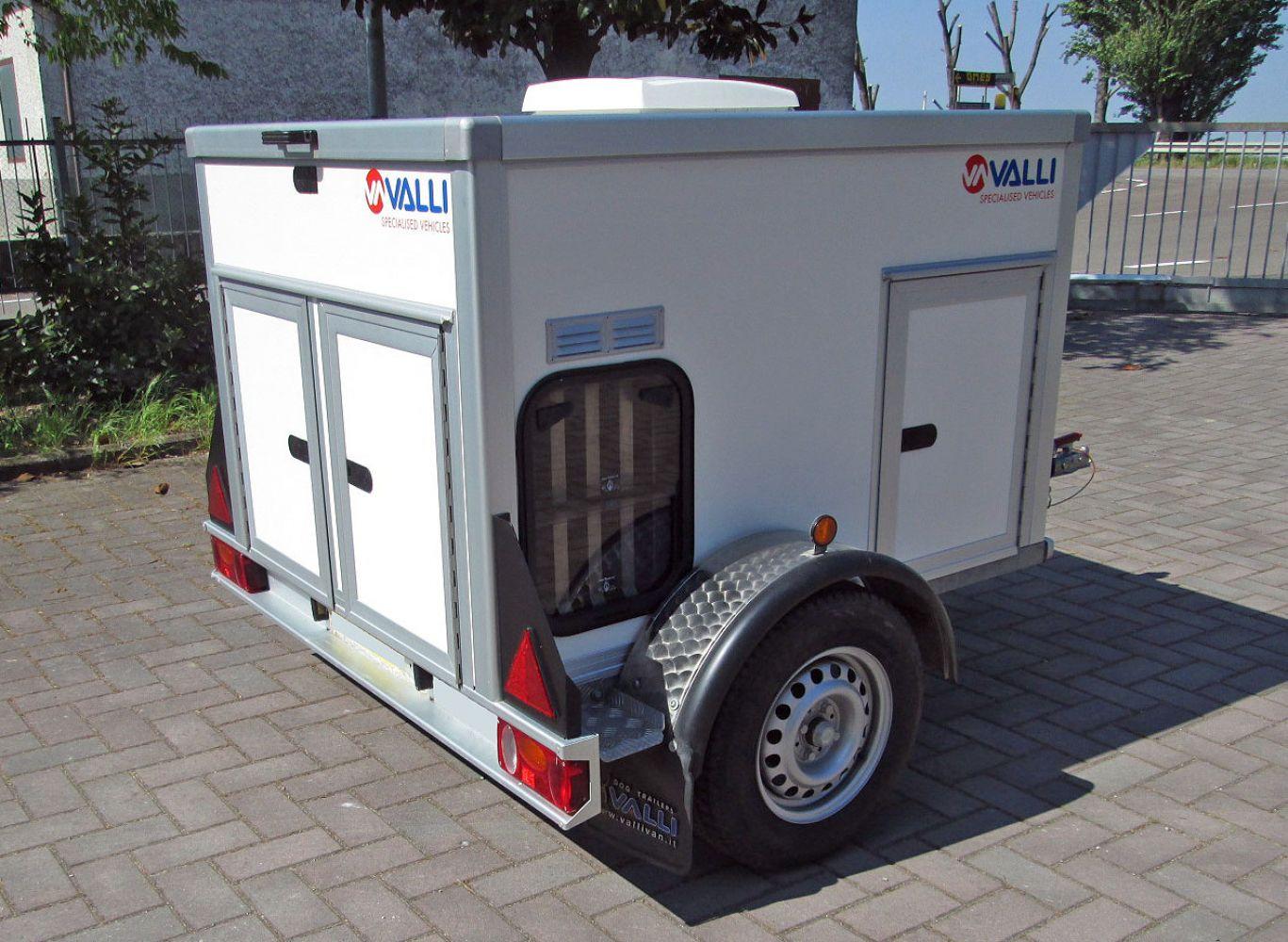 Rimorchio Trasporto Cani Usato Minivan 3 Anno 2009 Valli